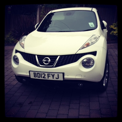 Shiny new car...   Daisy JUKE!
